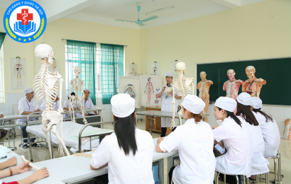 Y tá – Người chăm sóc sức khỏe cộng đồng