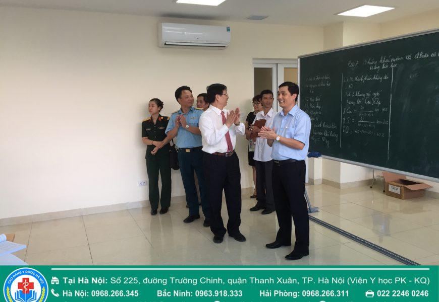 Đoàn cán bộ Cục Quân Y – Bộ Quốc Phòng đến thăm và làm việc tại Trường CĐ Y Dược Hà Nội – Số 225 Trường Chinh