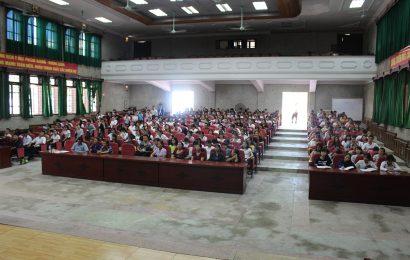 Tài liệu chính trị đầu khóa – Trường Cao đẳng Y Dược Hà Nội