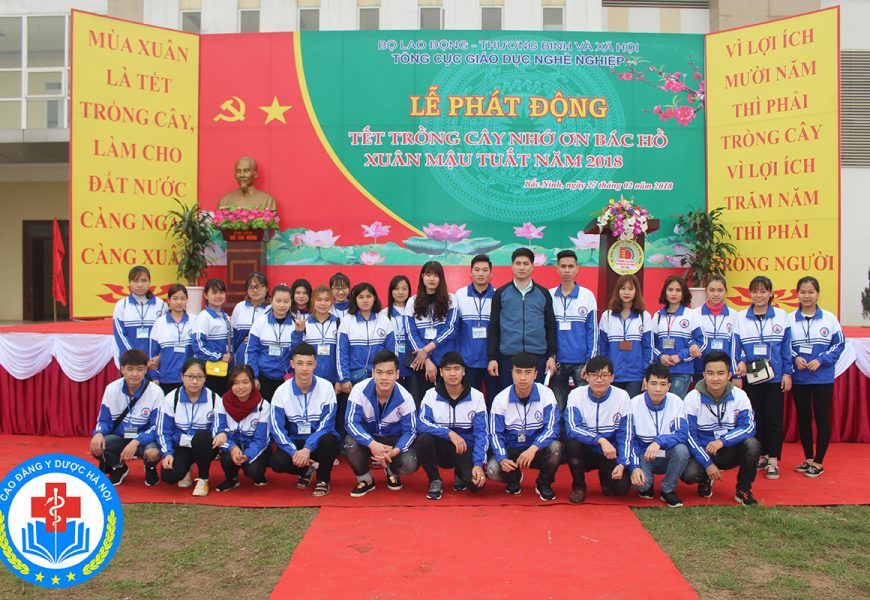 """Trường Cao đẳng Y Dược Hà Nội tham gia """"Tết trồng cây"""" do Tổng cục Giáo dục nghề nghiệp phát động"""