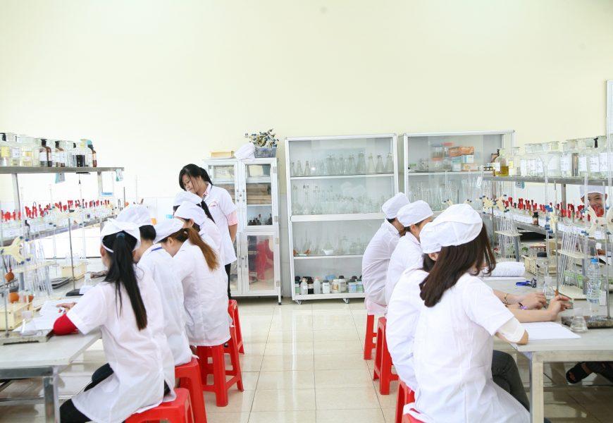 Trường Cao đẳng Y Dược Hà Nội được Bộ Lao động – Thương binh và Xã hội  lựa chọn 03 mã ngành Cao đẳng là nghề trọng điểm Quốc gia