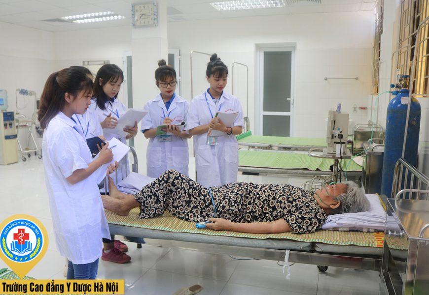 Dự báo nhu cầu nguồn nhân lực y tế trình độ cao đẳng ở Việt Nam hiện nay